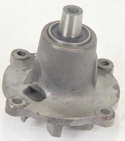 A157143 CASE WATER PUMP